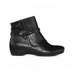 Yuu Ankle Boots, For Women's Scarlet Black Color